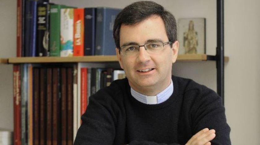 O padre Duarte da Cunha participa no sínodo da Família, na qualidade de perito. Foto: DR