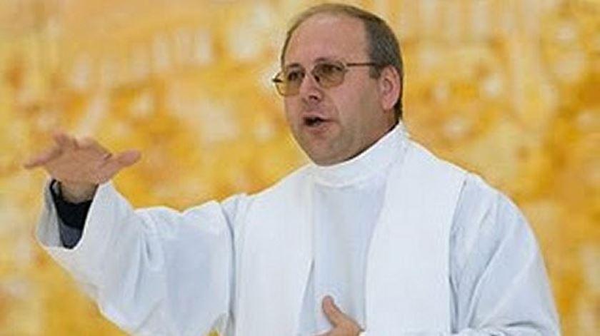 D. Virgílio Antunes, bispo de Coimbra, usa o presépio como ponto de partida para a sua mensagem de Natal. Foto: DR