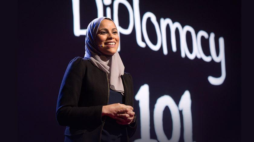 Alaa Murabit é fundadora da organização Voz das Mulheres Líbias. Foto: DR