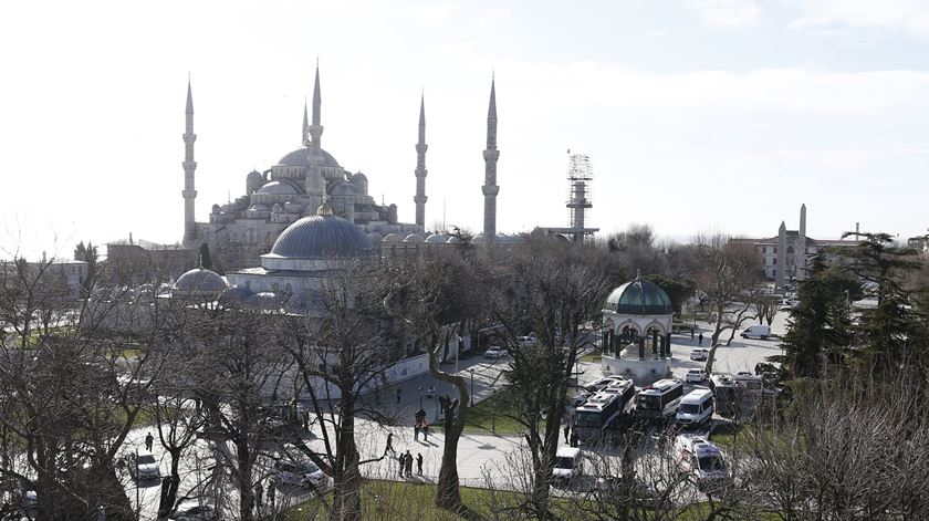 Praça Sultanahmet palco de atentado. Foto: Sedat Suna/EPA