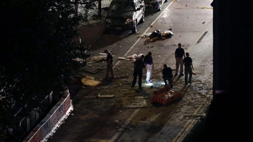 bomba explode em Manhattan (18/09/16) Foto: Jason Szenes/EPA