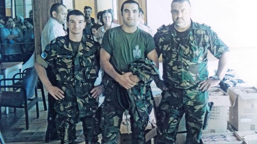 Padre Jorge Matos, capelão militar, na foto à direita. Foto: Jorge Matos