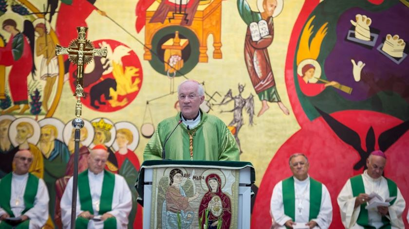 O cardeal Peter Erdo na missa dos bispos reunidos na Terra Santa. Foto: CCEE