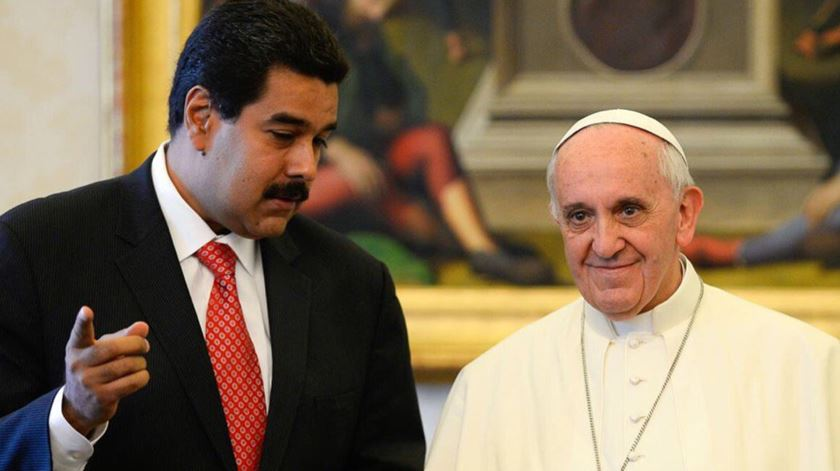Papa Francisco e Nicolás Maduro. Foto: Twitter