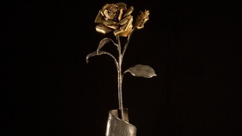 Rosa de Ouro oferecida ao Santuário de Fátima por Paulo VI. Foto: Santuário de Fátima