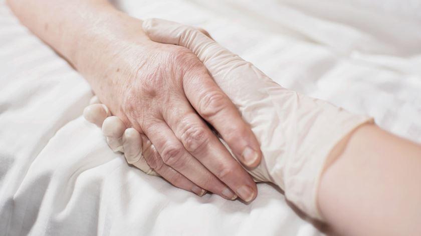 A eutanásia não acaba com o sofrimento, acaba com uma vida. Foto: DR