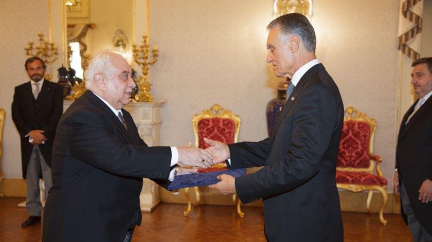 Saad Mohammed Ali em 2015, com o então Presidente da República, Cavaco Silva. Foto: Presidência da República