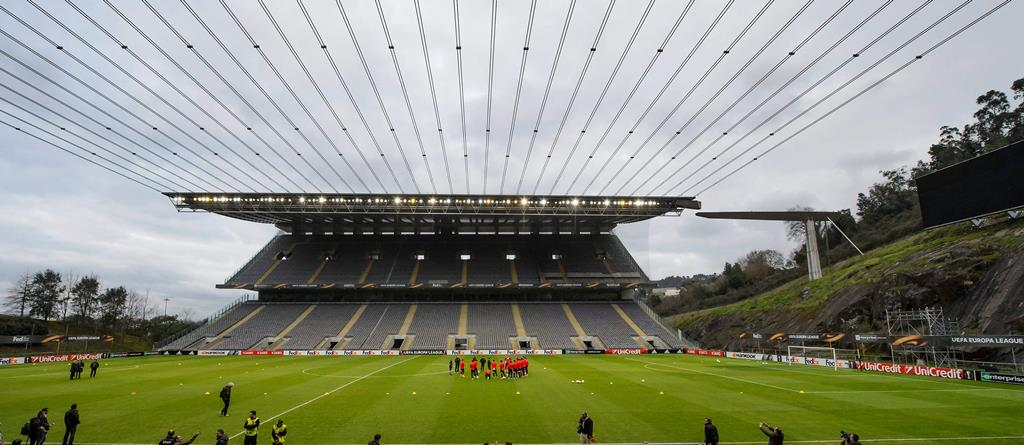 Sporting de Braga poderá vir a receber o Moreirense, amanhã, com os seus adeptos nas bancadas. Foto: Jean-Christophe Bott/EPA