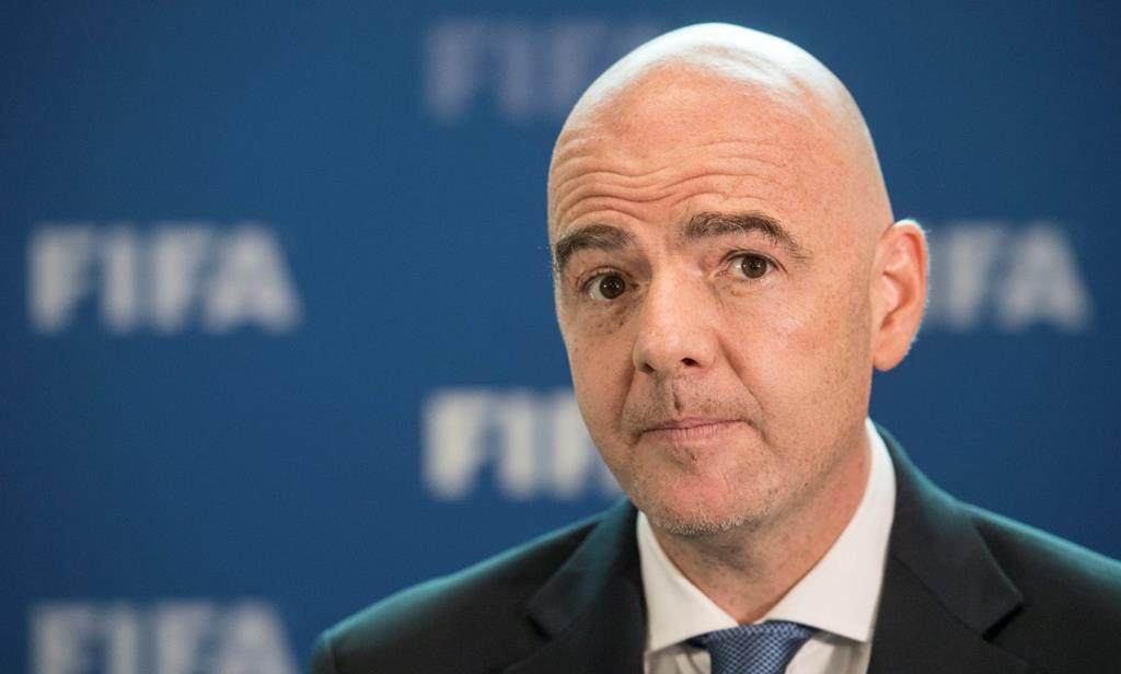 Gianni Infantino, presidente da FIFA, assume oposição à criação de uma Superliga Europeia Foto: Ennio Leanza/EPA