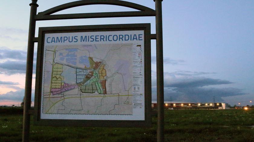 O Campo da Misericórdia fica a 12km do centro de Cracóvia.