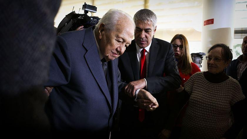 Mário Soares marcou presença no almoço de apoio ao amigo Sócrates. Foto: Mário Cruz/Lusa