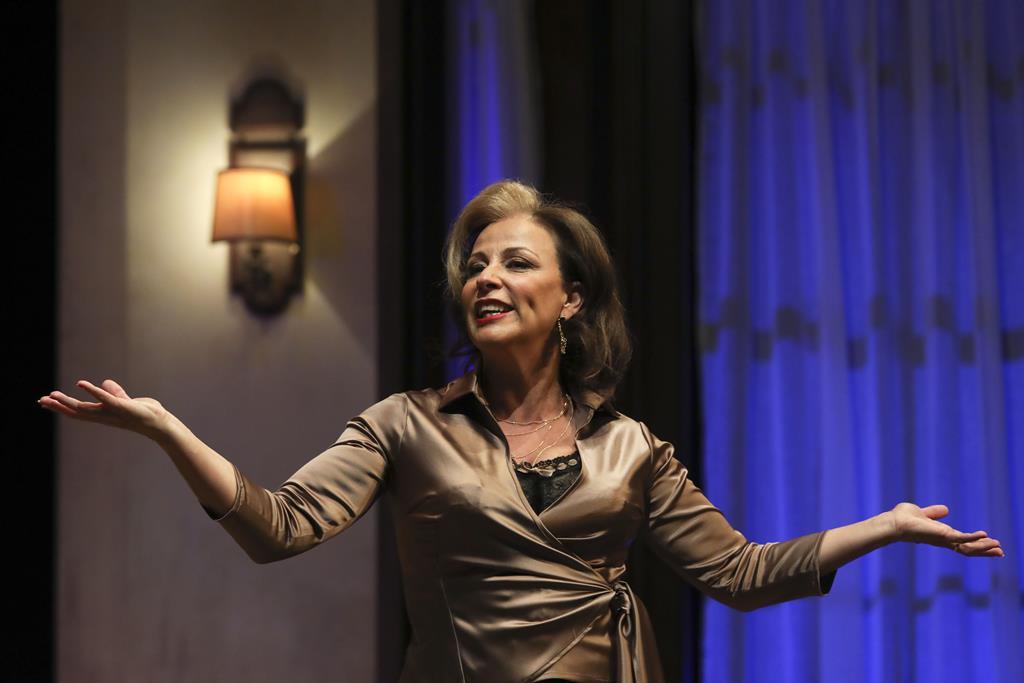 Alexandra Lencastre numa peça de teatro. Foto Miguel A. Lopes/Lusa (arquivo)