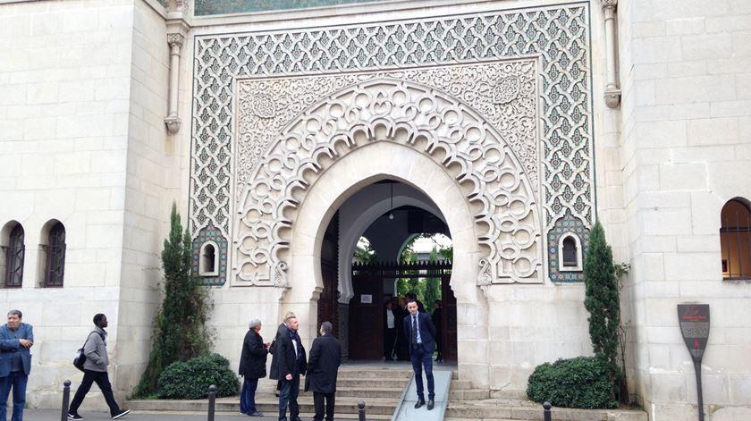 A Grande Mesquita de Paris. Foto: Ricardo Conceição/RR