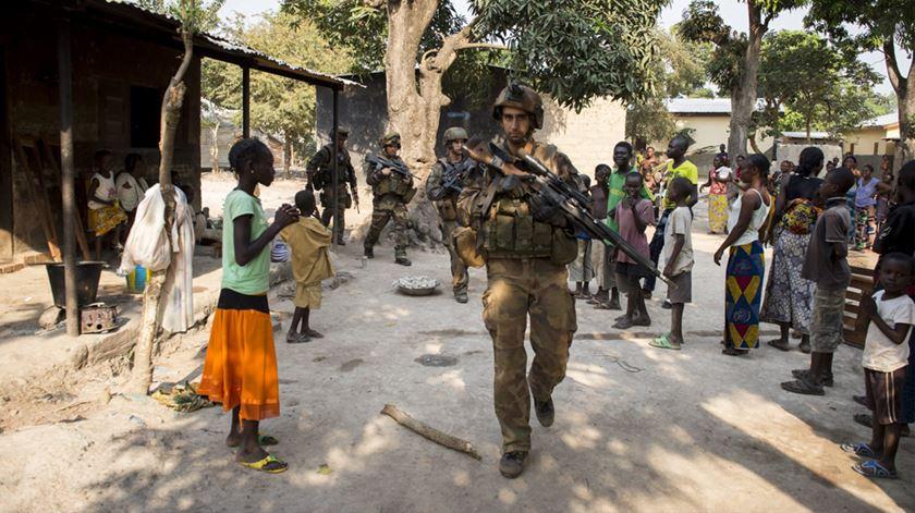 Tropas em Bangui, na República Centro-Africana, onde tem havido um aumento de violência nas últimas semanas. Foto: DR