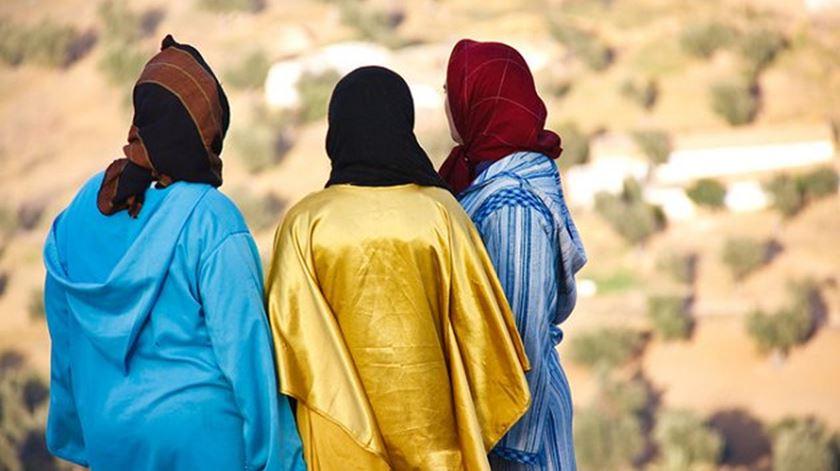 A polícia moral assegura, entre outras coisas, que as mulheres andam correctamente vestidas. Foto: DR