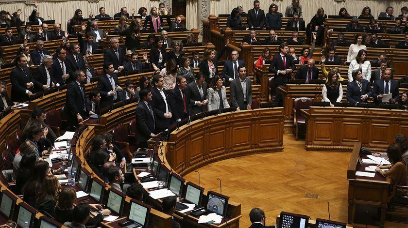 Parlamento deve voltar a aprovar leis que Cavaco Silva vetou, sem que tenha havido o debate alargado que o Presidente pediu. Foto: Mário Cruz/Lusa