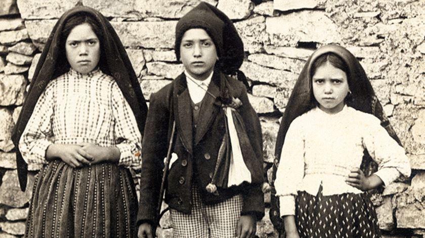 Pastorinhos de Fátima, Francisco e Jacinta, poderão ser canonizados em 2017, considera o padre Cabecinhas. Foto: DR