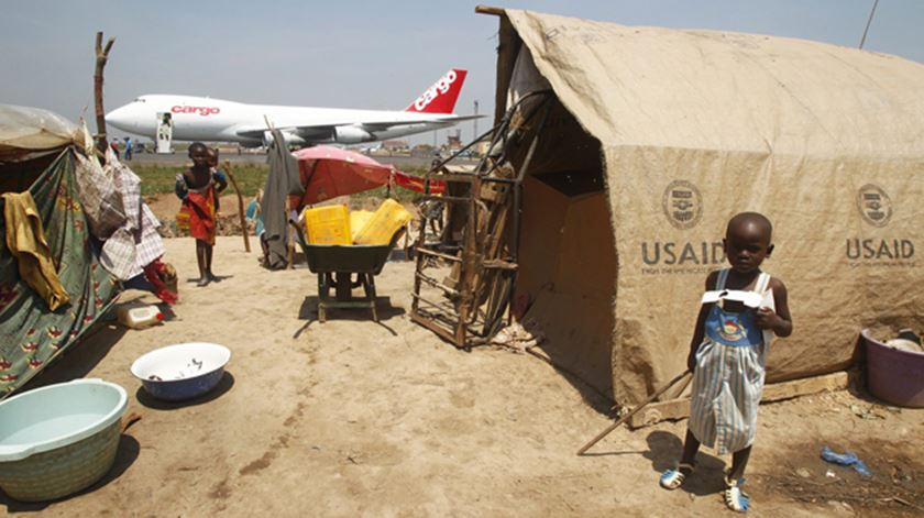 Campo de refugiados em Bangui, na República Centro-Africana. Foto: EPA