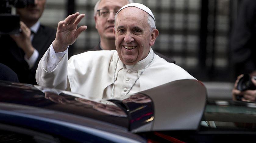 O Papa Francisco à chegada a uma vigília de oração por vítimas da Máfia, em 2014. Foto: DR