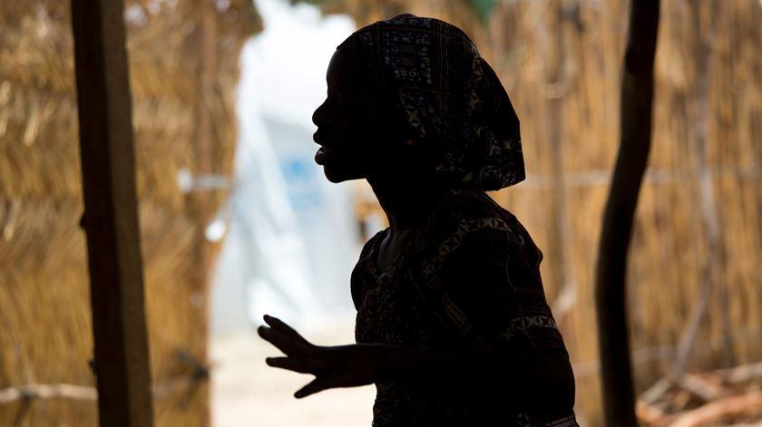 As principais vítimas de abusos em África são mulheres e o problema atravessa a sociedade. Foto: Prinsloo/UNICEF